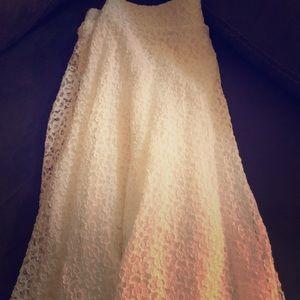 Dresses & Skirts - Ladies Lace Knee Length Skirt